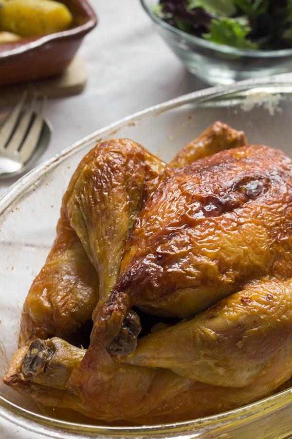 como asar un pollo. pollo asado