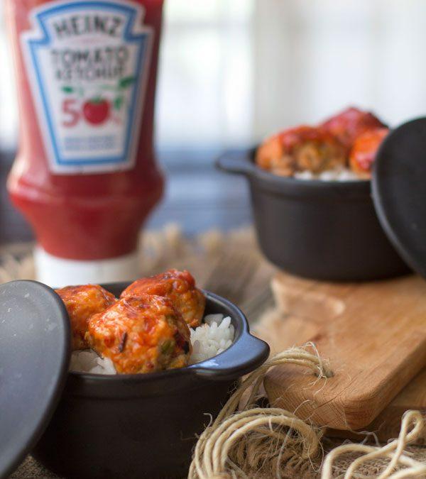 Albóndigas de pollo con Ketchup y arroz al horno #NaturalmenteHeinz