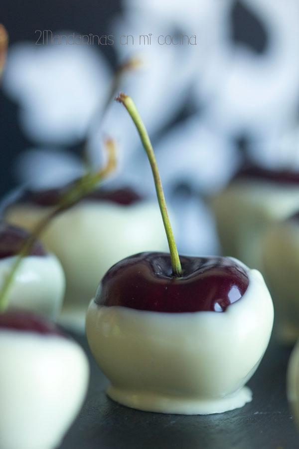 como preparar bombones de cereza con chocolate blanco