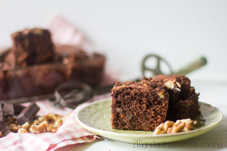 brownie de chocolate y nueces de california
