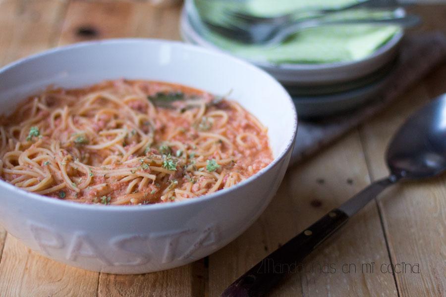 como preparar espaguetis con salchichas frescas thermomix