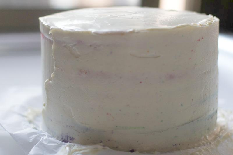 receta tarta arcoiris. rainbow cake
