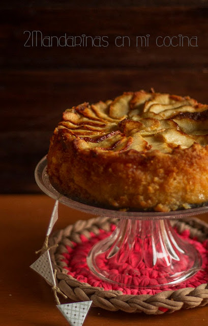 como preparar tarta de manzana casera de forma facil y sencilla. Es una tarta deliciosa que se elabora con manzanas tipo reineta pero también puedes usar otro tipo de manzana siempre que tenga un punto alto de acidez