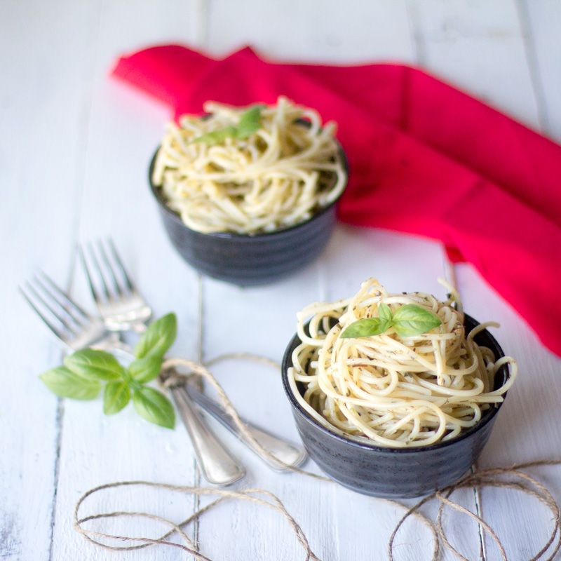 espaguetis a las finas hierbas thermomix