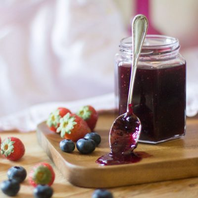 Mermelada de fresas y arándanos con Thermomix
