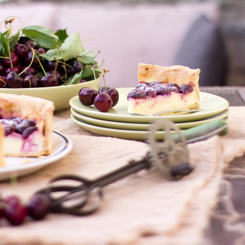 tarta de cerezas y crema pastelera