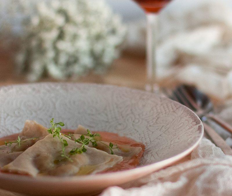 Ravioli de judías blancas con reducción de su propia salsa